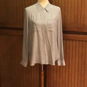 WHBM size 10 long sleeve blouse